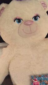 Giant teddy bear Lola