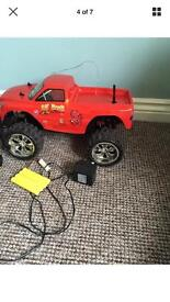 1:10 SCALE lil devil licensed monster truck remote control BARGAIN paid £139.99