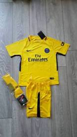 2018 PSG Paris Saint Germain Neymar football kit nike