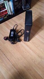 Microsoft Xbox 360 Elite (Latest Model)- 250 GB Black Console ( THE READER STOP WORK )