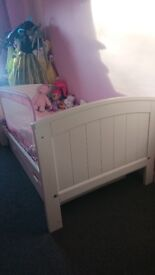 Mamas and papas white wooden cot bed