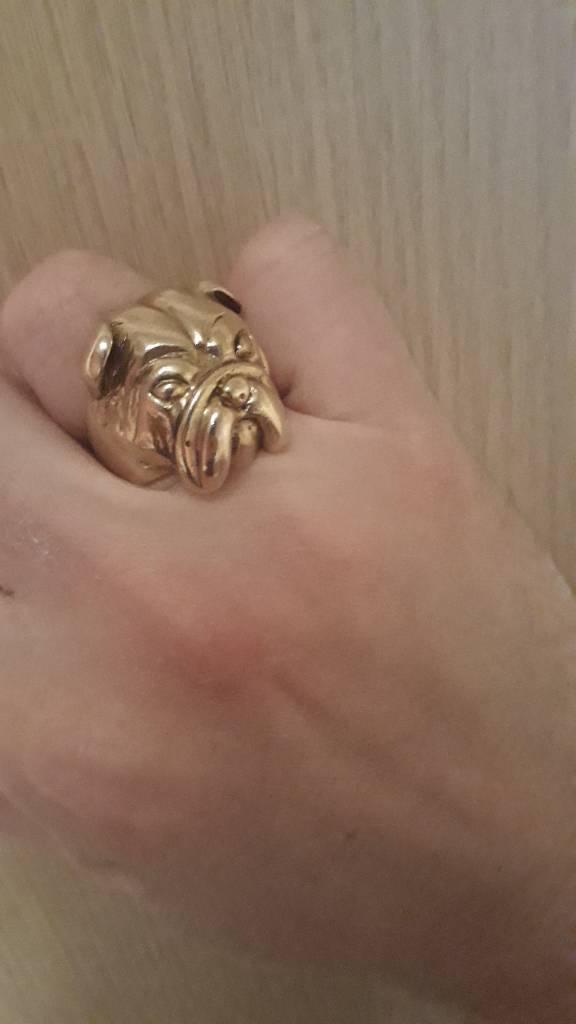 Bulldog 9ct gold ring