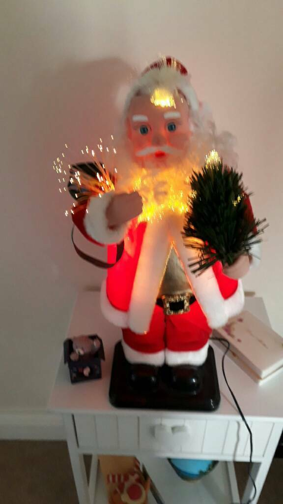 Moving santa fibre lighting