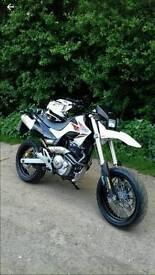 Honda fmx 650 supermoto motorbike/motorcycle
