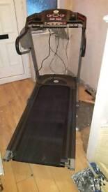 Moterised electric Treadmill, foldable, adjustable/auto incline, pulse monitor