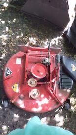 Snapper ride on mower deck