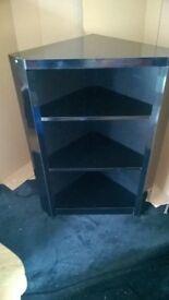 Corner unit in gloss black £15