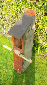 Owl Nest Box (recommended by The Barn Owl Trust ), 100 x 40 x 23 cms complete with securing chains