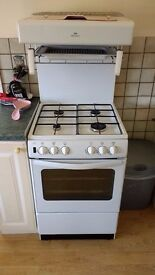 New World NW55THLG 55cms wide gas cooker