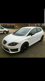 2011-2012 Seat Leon CR FR+ A real head turner. Sat Nav, Bluetooth, Parking sensors, Cruise control