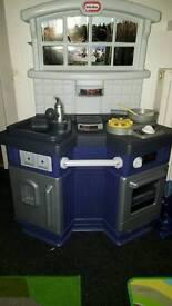 Toys r us kitchen