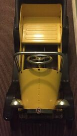 Yellow classic vintage style children's pedal car (Brum)