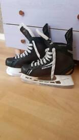 Bauer Supreme one40 hockey ice skates size 7R or 7.5UK