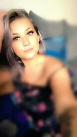Hi I m Elena