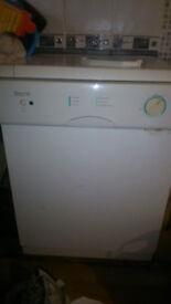 Servis Dishwasher in good condition