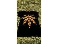 Cannabis leaf design t-shirt