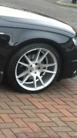 "19""Alloy Wheels with tyres"