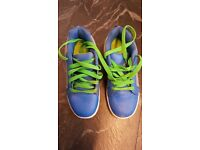 Sidewalk Sport Street Junior Roller Shoes (heelies) size 3 in excellent condition