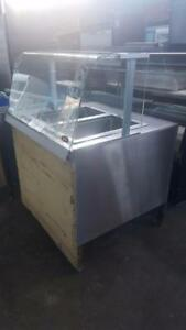 2 COMPARTMENT STEAM TABLE WITH NICE SNEEZE GUARD
