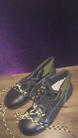 U Vex safety boots