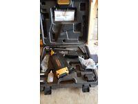 Quickload gas nailer