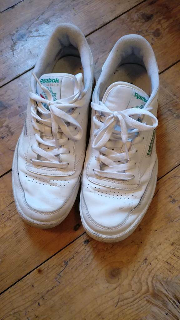 Reebok Classic in white size UK9