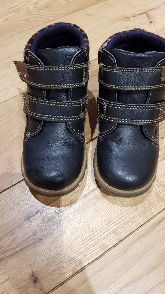 Boys Navy Blue Boots/Shoes