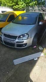 Breaking Volkswagen golf mark 5