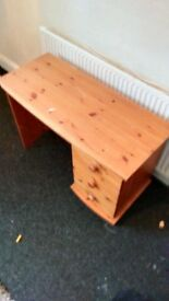 solid pine desk used condition £20.00 erdington