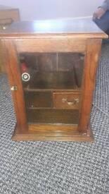 Smoking cabinet