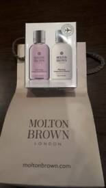 Molton Brown bath set