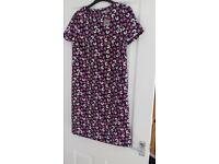 LADIES FLORAL DRESS, SIZE 10, BNWOT