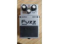 BOSS FZ-5 Fuzz effects pedal with box