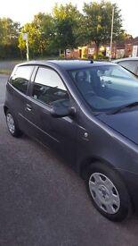 Fiat Punto 2004 . 107,000 miles