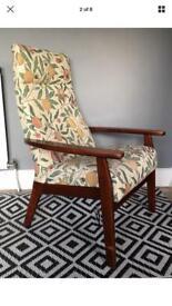 Vintage retro Parker knoll armchair model 1067