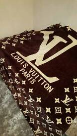 LV Blanket