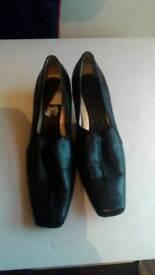 Debehams Ladies Shoes