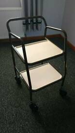 Mobility zimmer frame with table