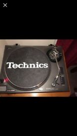 1 x technics 1210 mk2 turntable great condition