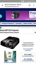 Benq mp723 projector, as new, in carry case
