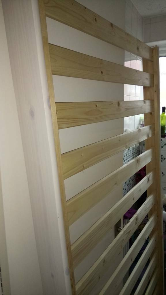 2 single beds £100 can turn into bunk bed