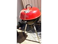 RED 57cm KETTLE CHARCOAL BARBECUE