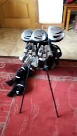 Full set of Dunlop Max Golf Clubs