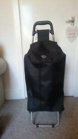 Black Hoppa Shopping Trolley