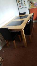 table plus 6 chairs
