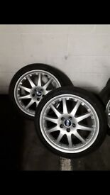 Ford alloy wheels 225x40x18 tyres