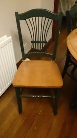 Round Wood Dining Table and 4 Chairs, Light Wood