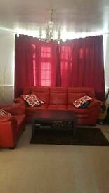 Beautiful Single Room in a large house in Stopsley, All Bills Included