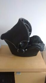 Black Baby Carseat suitable from birth
