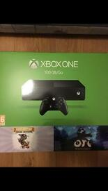 Xbox One (not slim) -500gb with 2 games